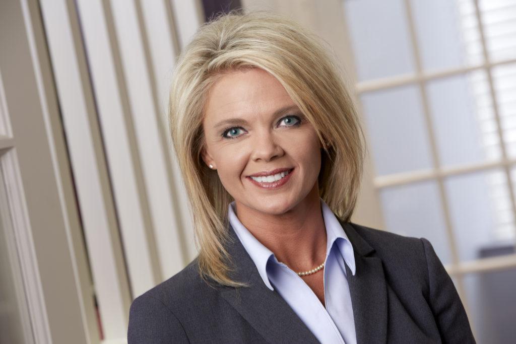 Photo of divorce paralegal Wendi Renteria.